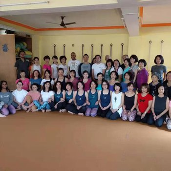 200 Hour Iyengar Yoga Teacher Training in Rishikesh India